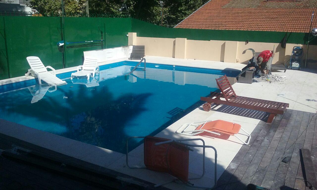 Piscinas de hormigon proyectado oferta cubierta piscina for Ofertas piscinas de hormigon