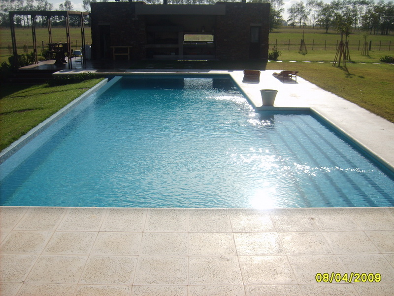 Precios de piscinas de hormigon simple beautiful piscina for Costo de piscinas de hormigon